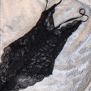 NWOT Tiger mist lace bodysuit